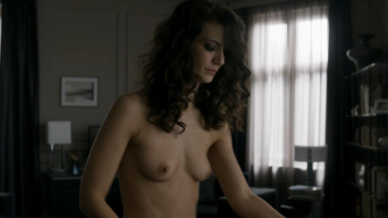 Caroline Cellier gif sexe nue