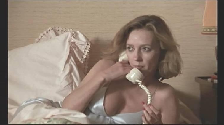 Caroline Cellier nue