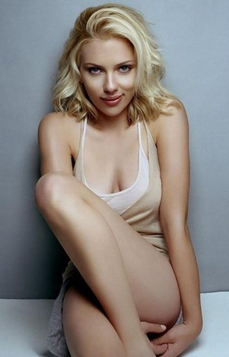 Scarlett Johansson nue
