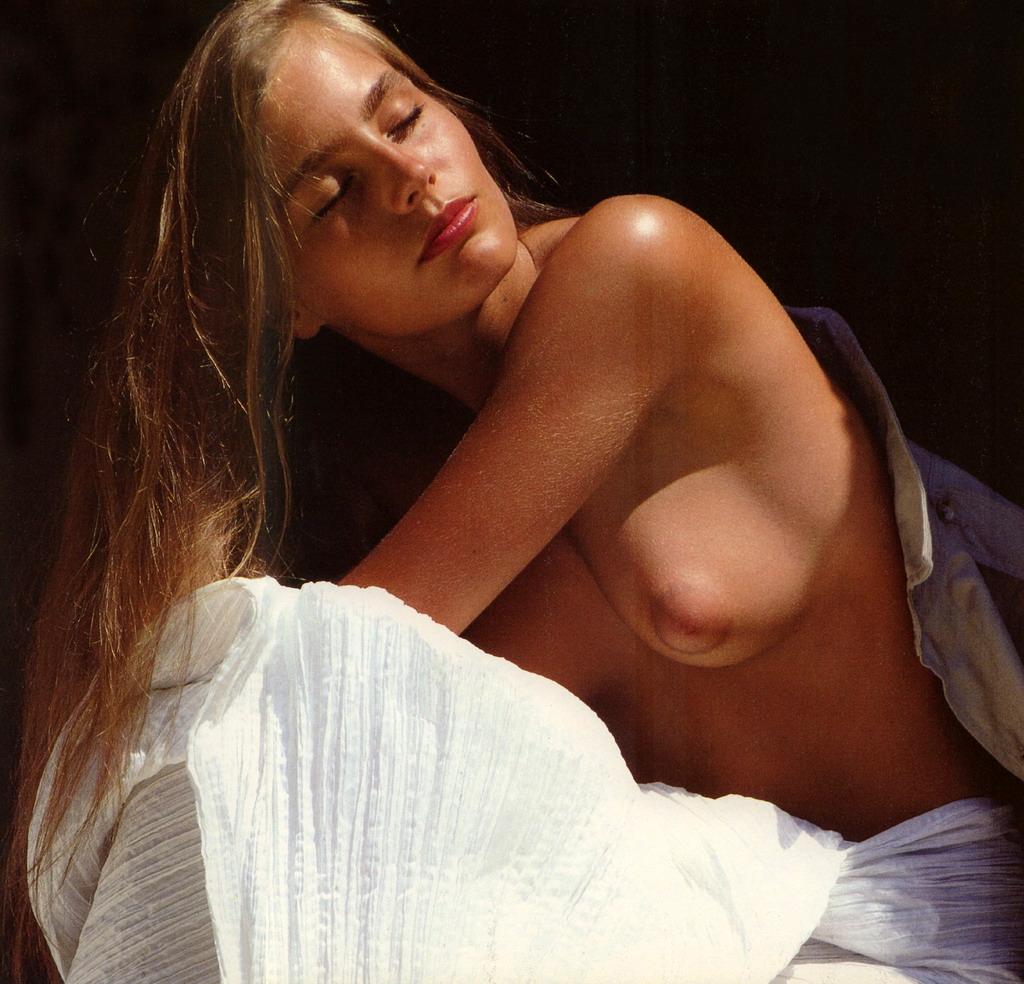 Sophie Duez nue sur internet